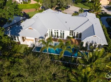 Tropical Cottage Resort