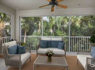 Oversized Lanai, Homes for Sale Naples