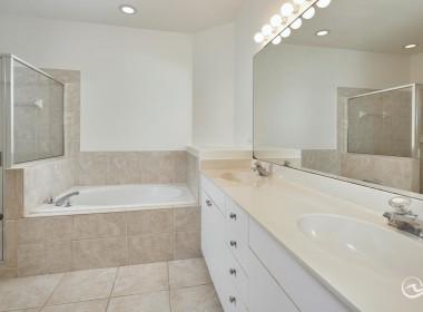 Master Bath, Condos for Sale in Naples FLorida